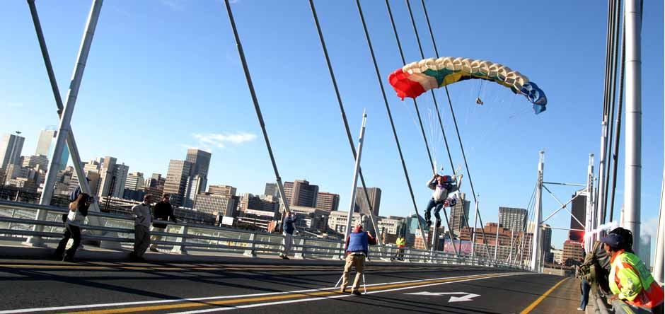 Landing on Nelson Mandela Bridge